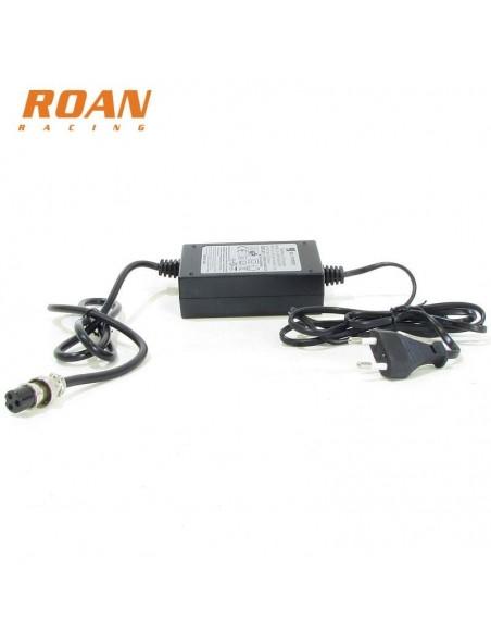 Cargador batería hembra 36V-1.5Ah - Motosapollo.com