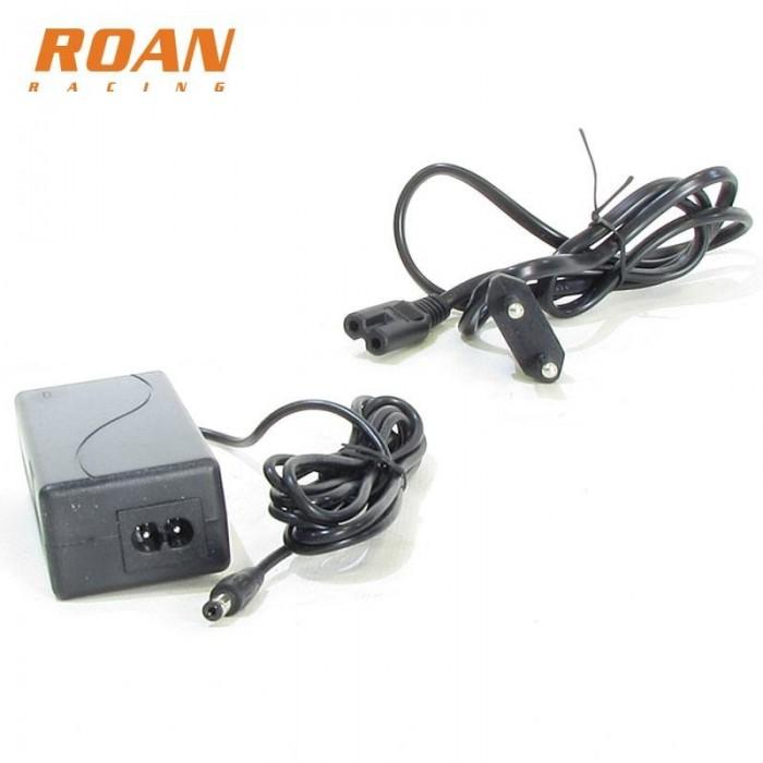 Cargador bateria hembra 24V-1.5Ah - Motosapollo.com
